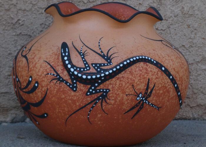 zuni pottery